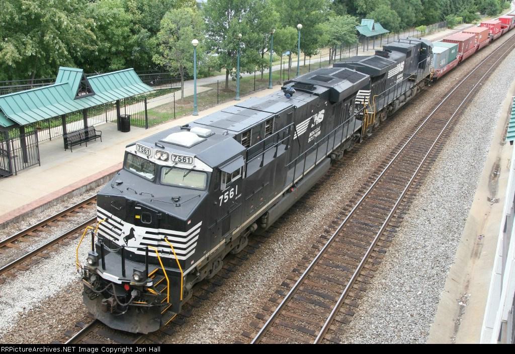 NS 7561 & 9068