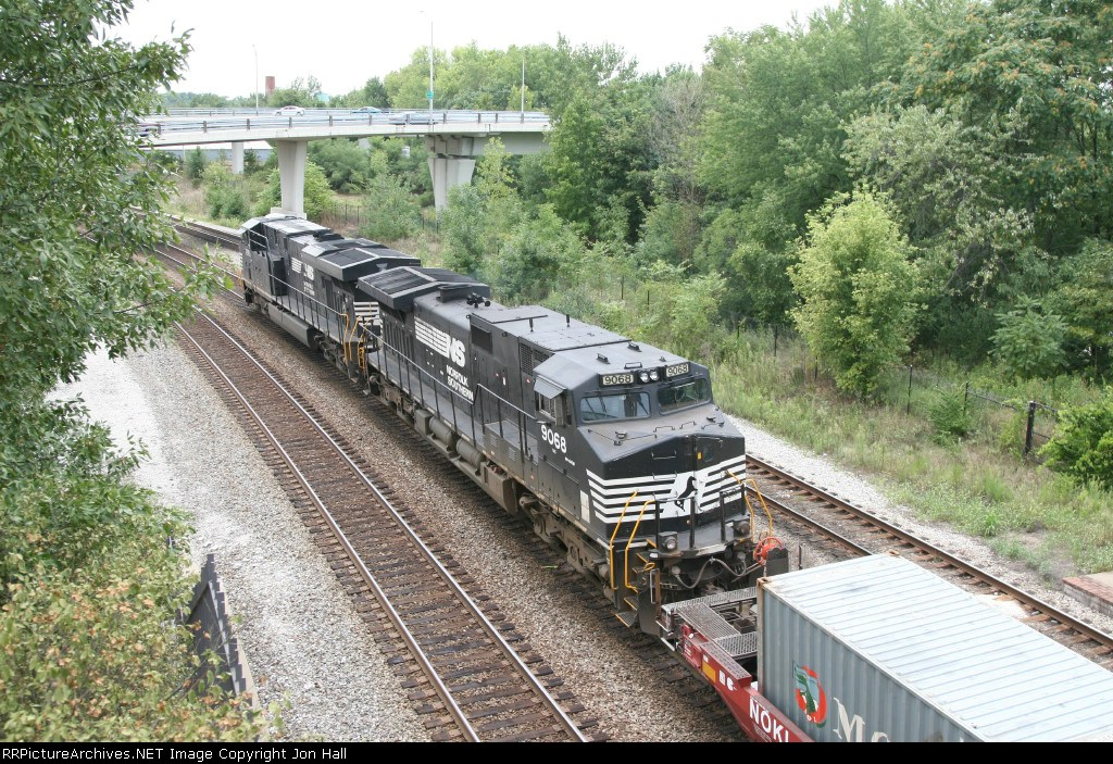 NS 9068 & 7561