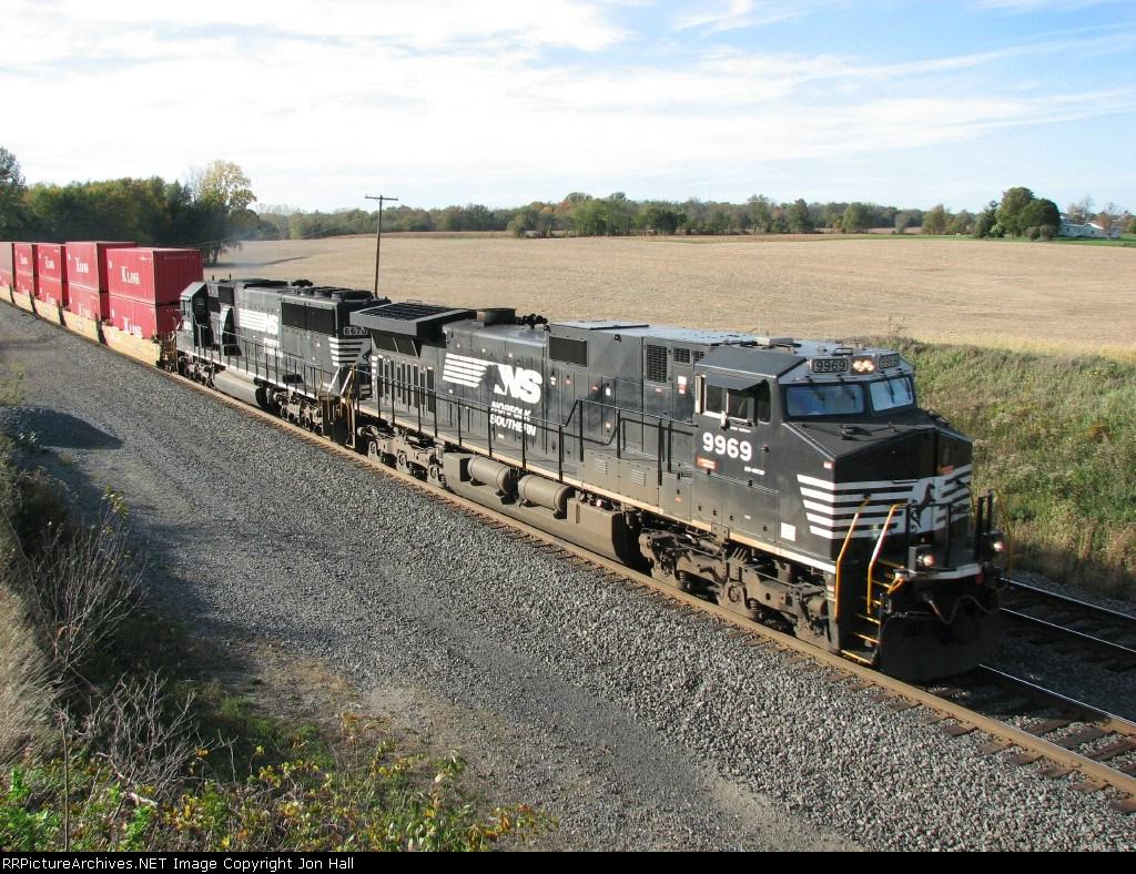 NS 9969 & 6670