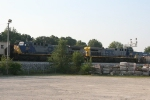 CSX 257 & 405 waiting to continue south with Q643-17