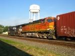 BNSF 4406 & NS 9366