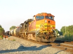 BNSF 4794 & NS 8819 rolling west with 31A
