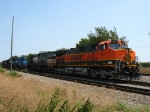 BNSF 974 & NS 9492 at the front of the line of power in South Yard