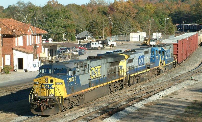 CSX Train Q592