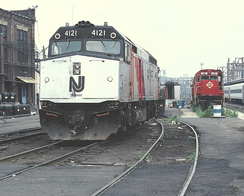 NJT 4121 and M&E 16