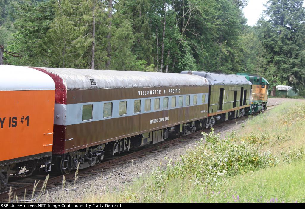 Santiam Excursion Train HAPPY HOUR