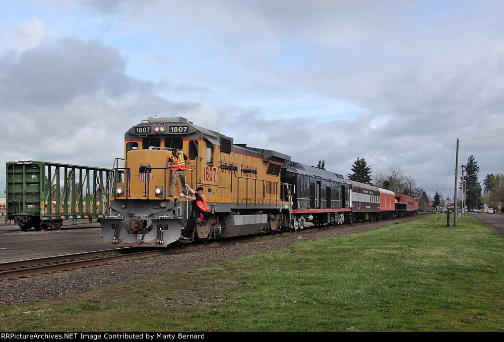 Santiam Excursion Train