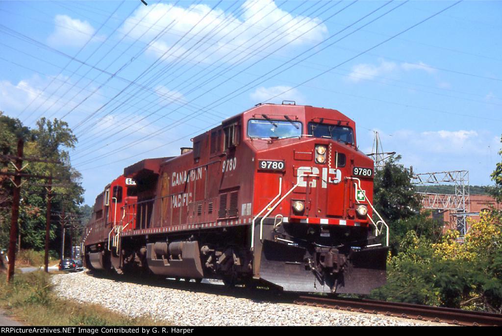 CP 9780 EB on a sulphur train