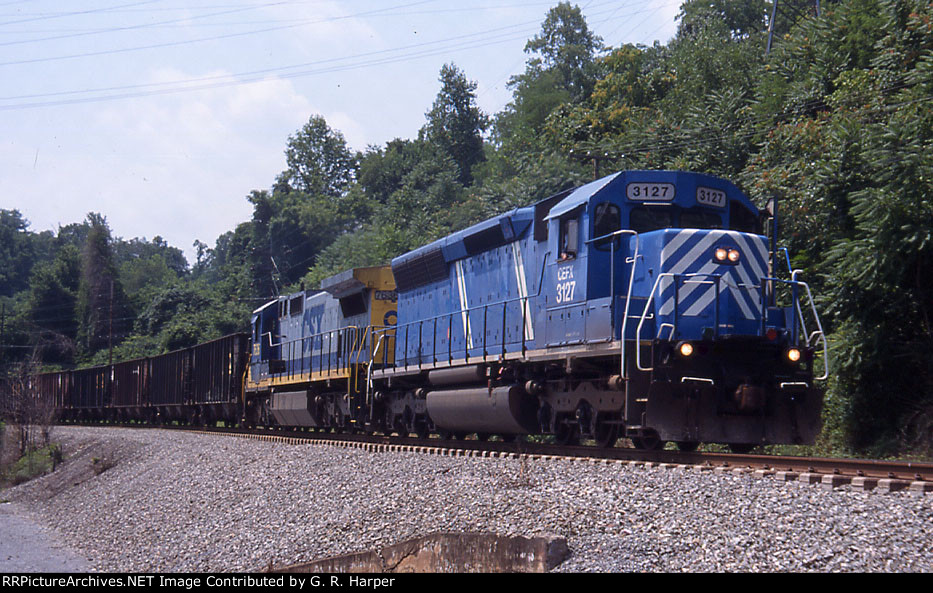 CEFX 3127 westbound at the Reusens power plant