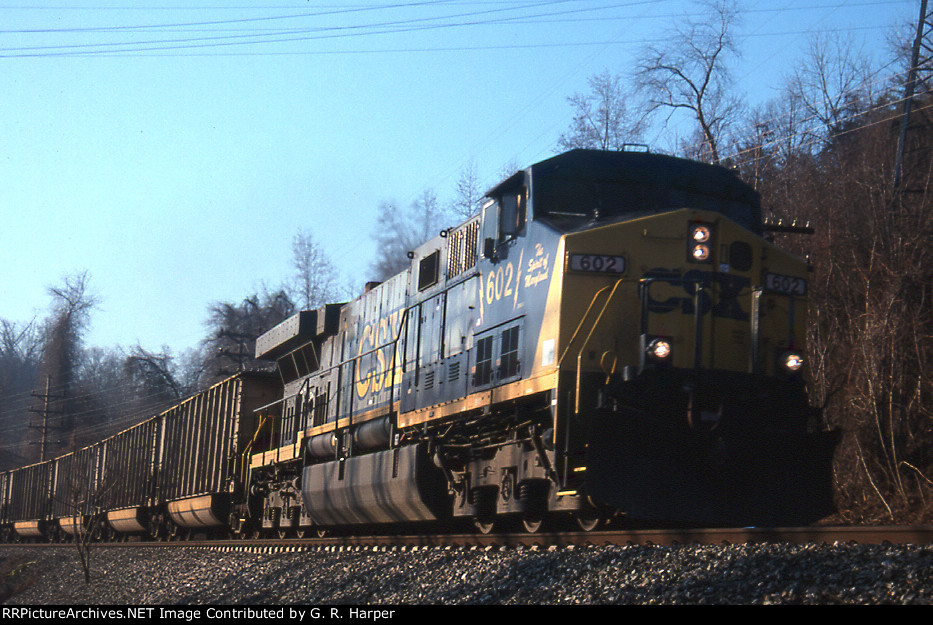 CSX 602, The Spirit of Maryland, takes empties solo west past the dam crossing