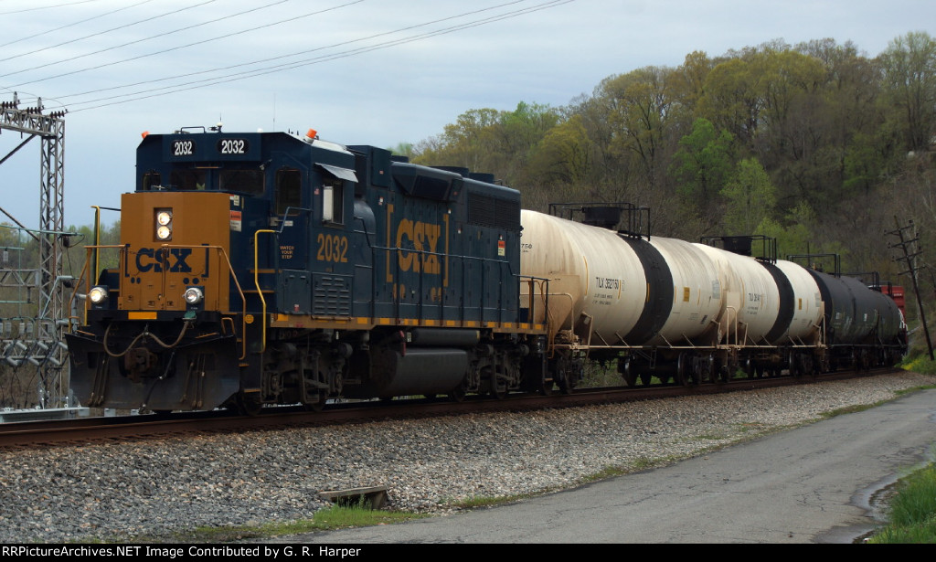 CSXT 2032 in charge of local H74413 heads west after meeting sulphur train K89809