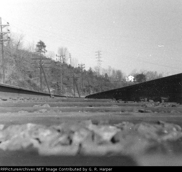 1966 worm's eye view of the C&O