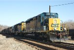 381 - SD40-3 4004 and 4005 in the siding at Reusens on Q30212!