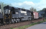 NS 457 reroute with radio train boxcar