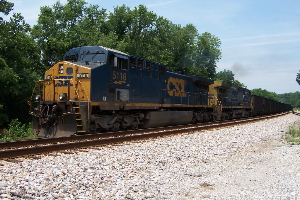 CSX 5116 pulls a loaded coal train into Sabot Siding for a meet with a westbound