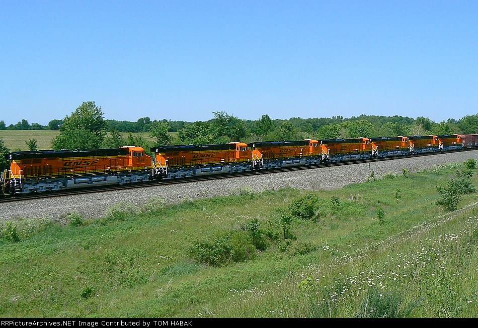 BNSF 7544