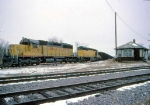 1386-08 C&NW coal empties roll from southbound ex-M&StL to westbound ex-CMO