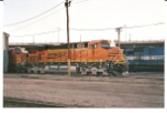 Long distance shot of BNSF 7517 with BNSF 7672.