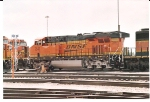 BNSF 7547 waits on the BNSF Lincoln ready line for its next assignment