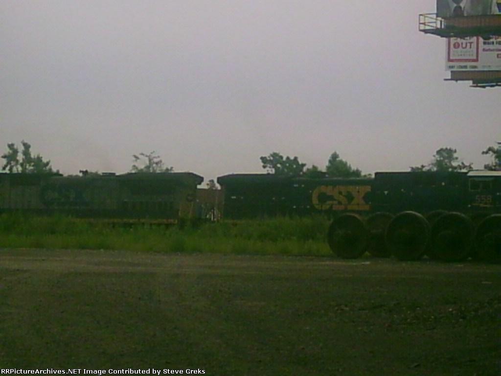 CSX 558 and helper move southward