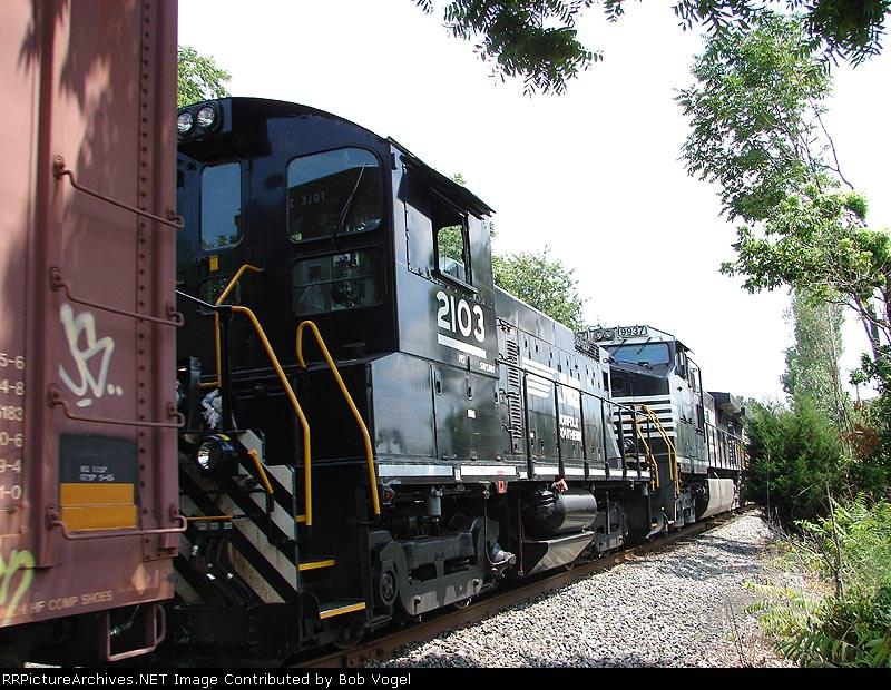 NS 2103