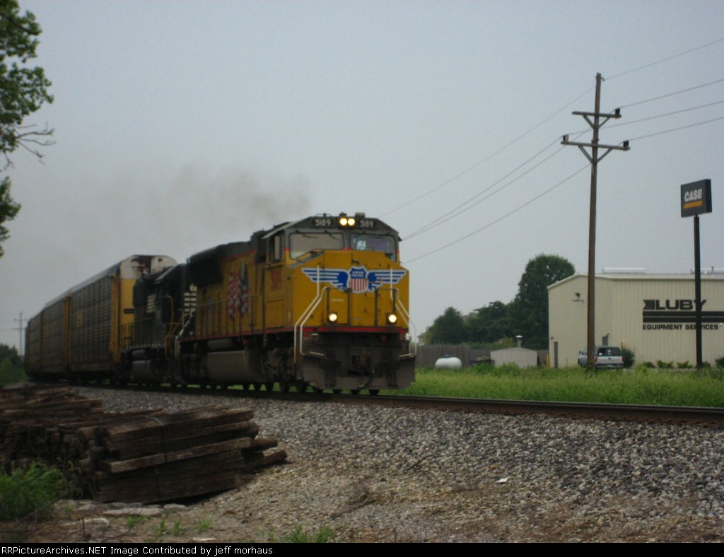 UP 5189 EB just Pulled out of NS Wentzville Yard with loaded auto racks