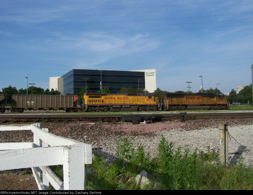 UP 4403 and 9079 at front of Coal Train