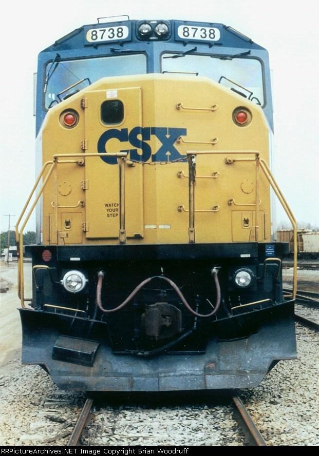 CSX 8738