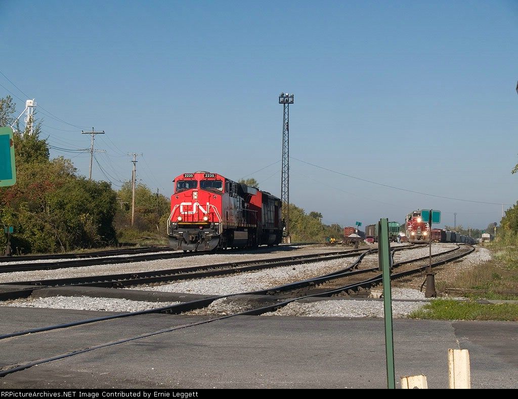 CN 2235 detaches from CN324 and heads to pickup paperwork at 9:56am
