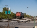 CN 5695 disconnects from CN324 and heads for crossing at 8:54am 