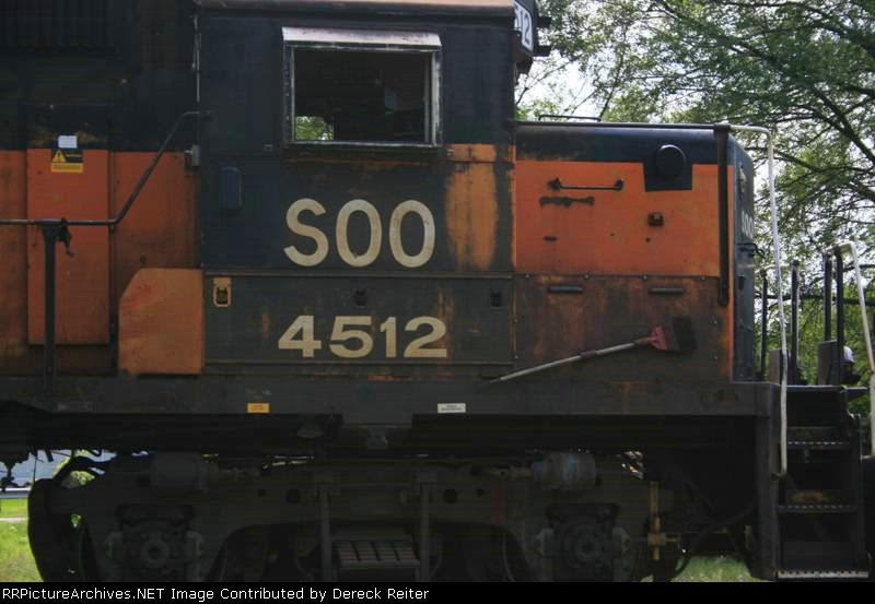 SOO 4512