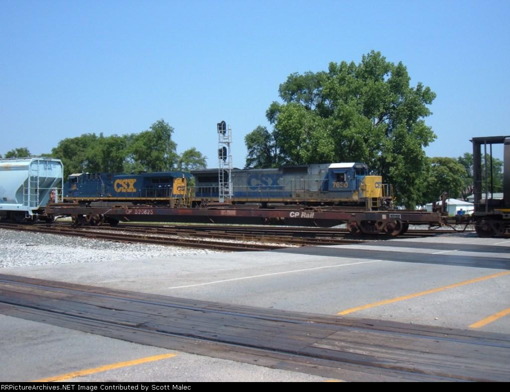 CSX 7630 & 558