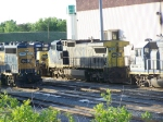 CSX 7391 Surrounded by GP-40s