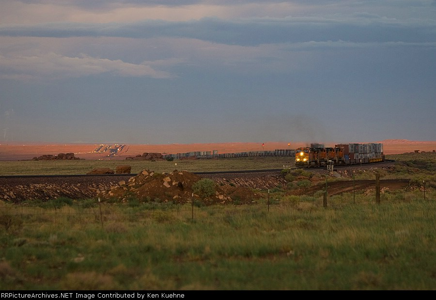 BNSF 7729 with another train approaching