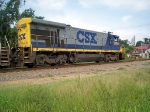 CSX 5860 gets ready to cross Centralia Rd.