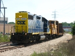 CSX 2755 heading back to the yard after switching Reynolds Metal