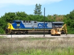 CSX 548 entering the shop after bringing S335-22 into the yard
