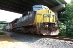 CSXT 9006 leads the charge