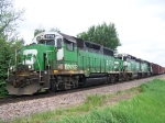 A Trio of Mixed Geeps Leads Freight South