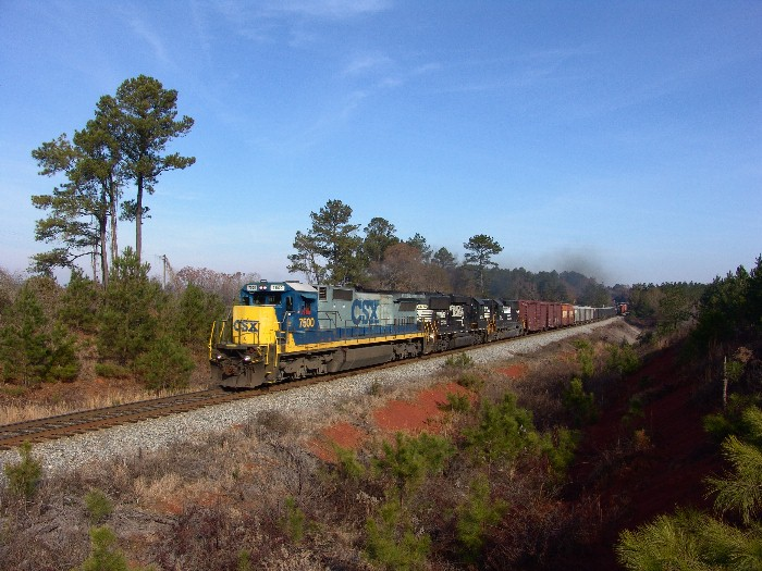 CSX 7500 on NS trackage