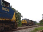 CSX 9038 has a meet with CSX 679