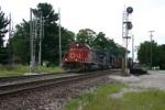 CN 6108 heads east