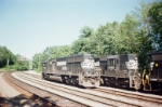 Norfolk Southern 6624 and 3190