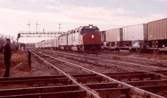Amtrak on the Santa Fe
