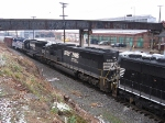NS 2631, 6705 and VRE V06