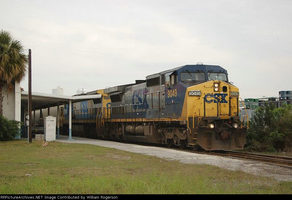 CSX Transportation Mixed Freight Train with GE C44-9W No. 9049 and C40-8 No. 7565 providing power