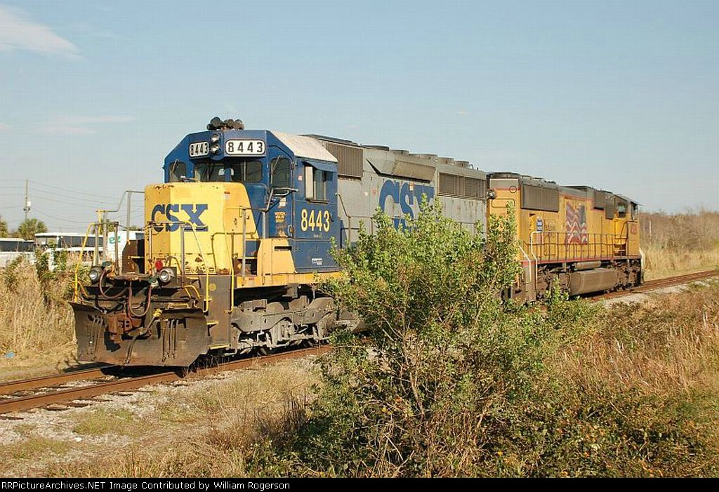 CSX Transportation EMD SD40-2 No. 8443 and Union Pacific Railroad SD70M No. 4528
