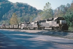 All 4axle consist pulling a coal train on the Poca