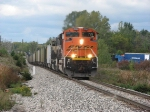 Newer BNSF SD70ACe Leading N956