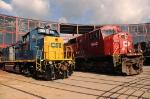 CSXT 1318 & 9143